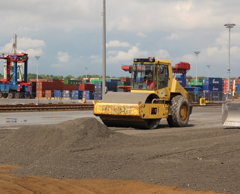 Container Terminal 1045