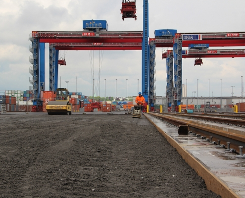 Container Terminal 1055