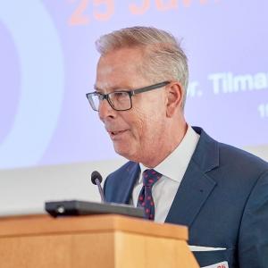 Dr. Tilmann Quensell